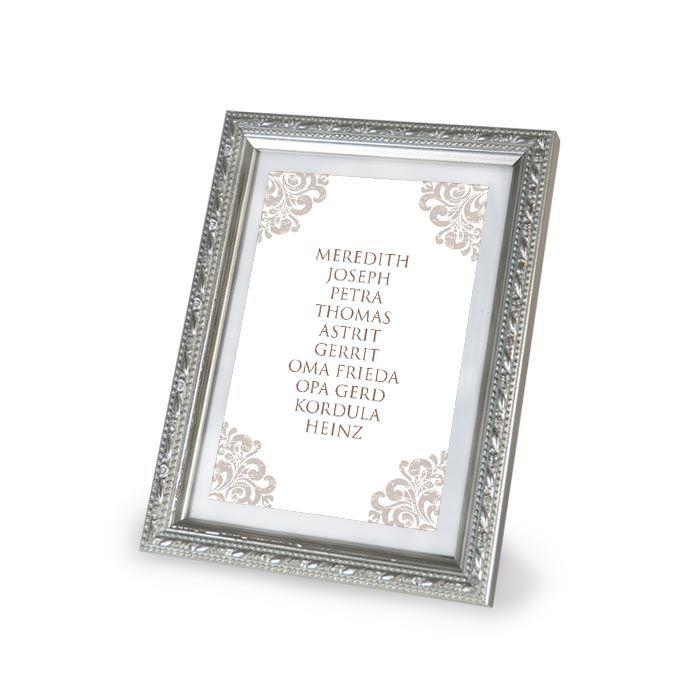 Barocke Tischkarte für Gruppentische zur Hochzeit in Taupe