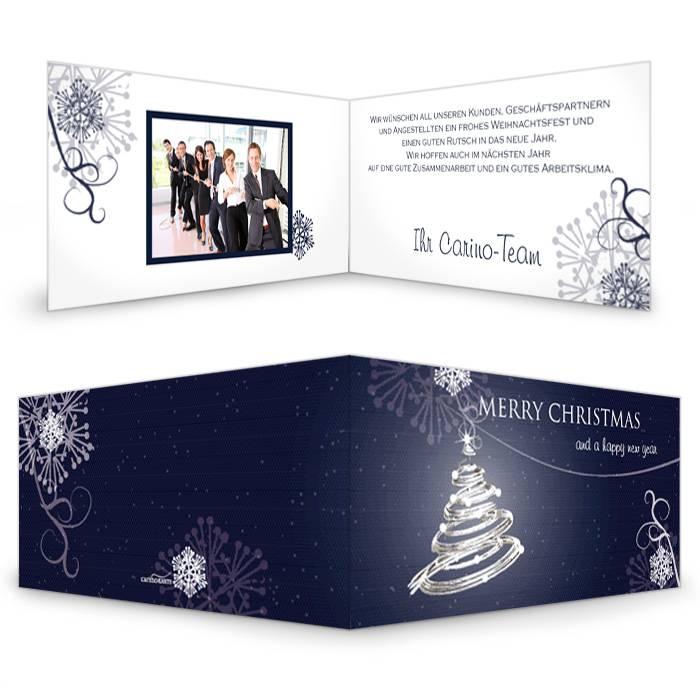 Klassische Weihnachtskarte in Blau mit Weihnachtsbaum