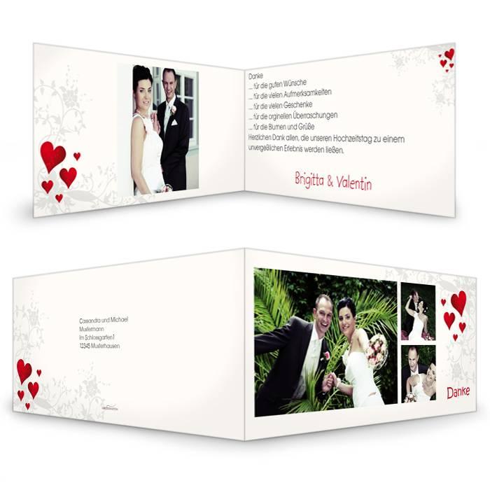Danksagung zur Hochzeit mit Blumenranke und roten Herzen
