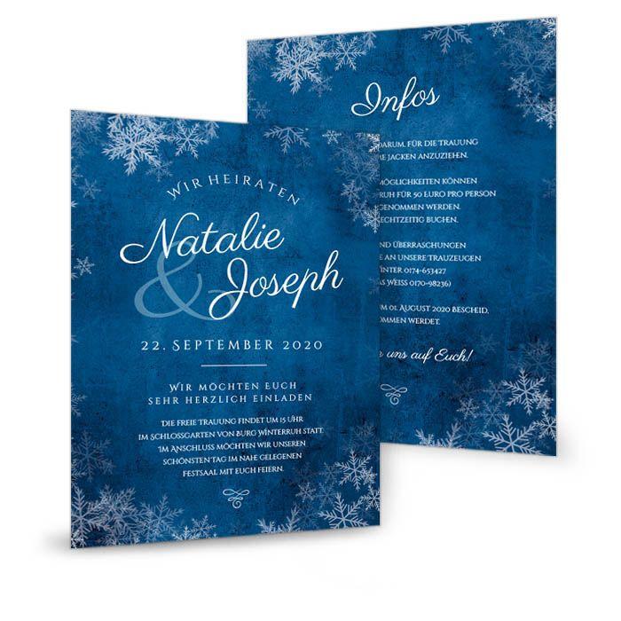 Einladungskarte zur Winterhochzeit in Nachtblau mit Schneeflocken