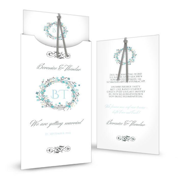 Hochzeitseinladung als Einsteckkarte mit Blütenkranz in Aqua