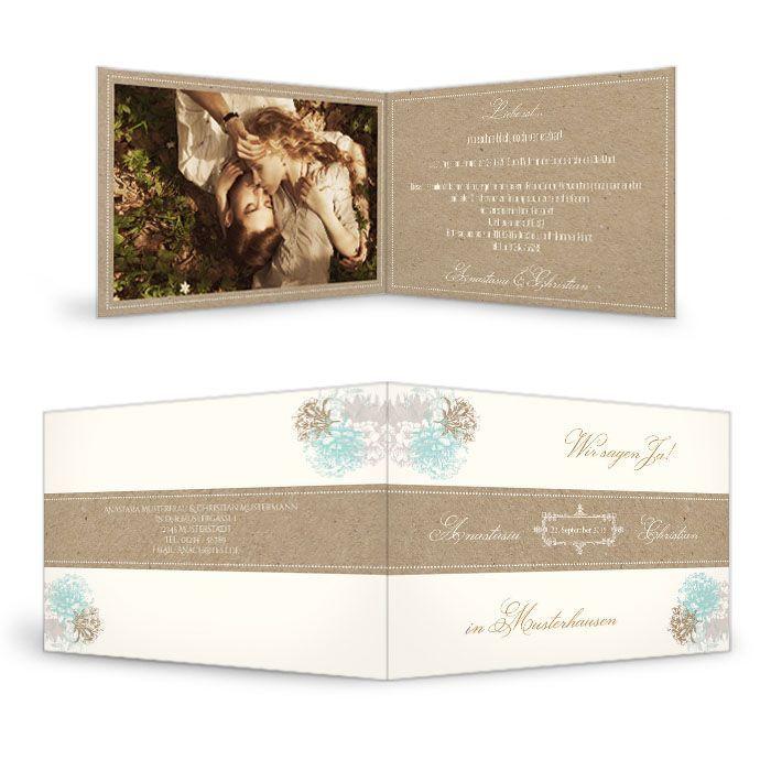 Hochzeitseinladung im Kraftpapierstil mit Blüten in Minz