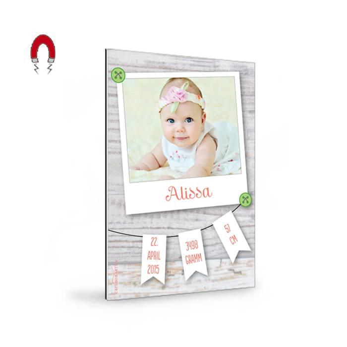 Geburtskarten-Magnet mit Foto im Polaroid-Stil und Wimpelkette