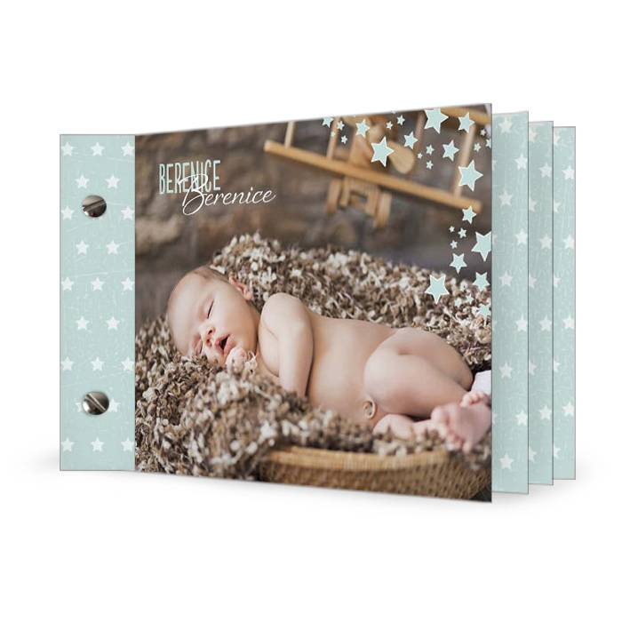 Moderne Geburtskarte in Minzcreme mit Punkten als Booklet