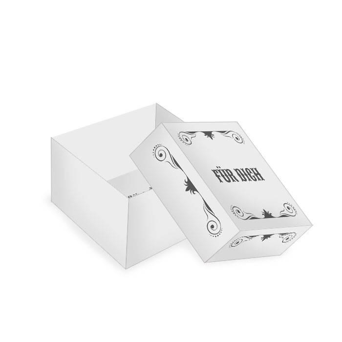 Kleine Geschenkbox in Grau mit schmückenden Elementen