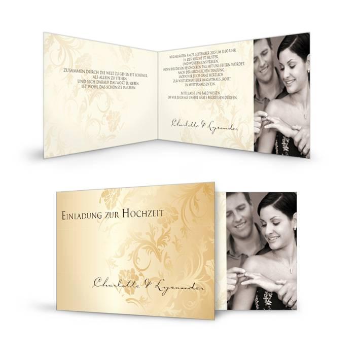 Hochzeitseinladung mit floralem Muster in elegantem Gold