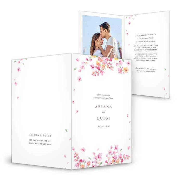 Hochzeitseinladung als Klappkarte mit modernen Blumen in Watercolor