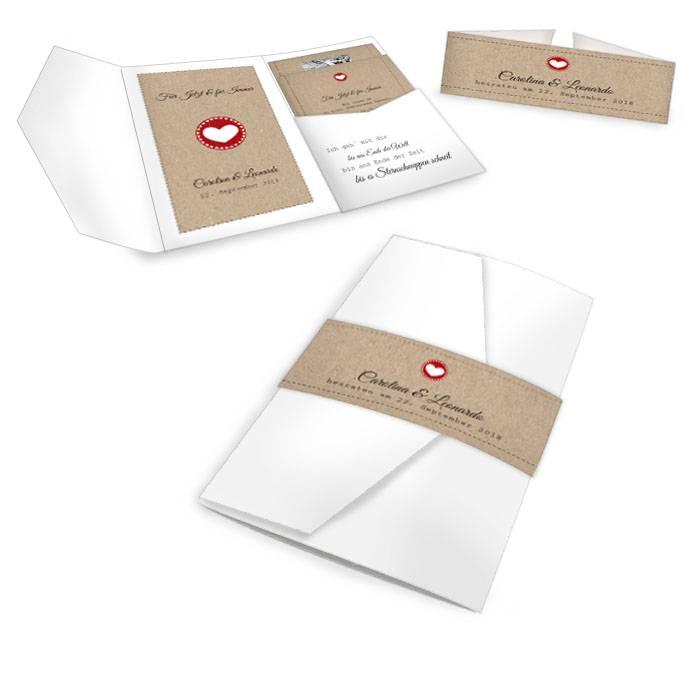 Weiße Pocket Fold Einladung mit Kraftpaperdesign-Elementen