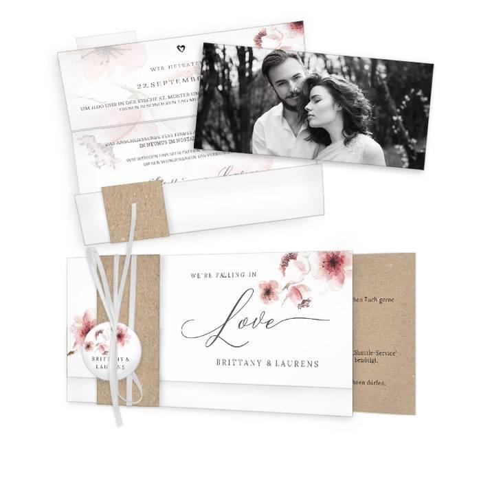 Hochzeitseinladung mit Kirschblüten im Aquarelldesign