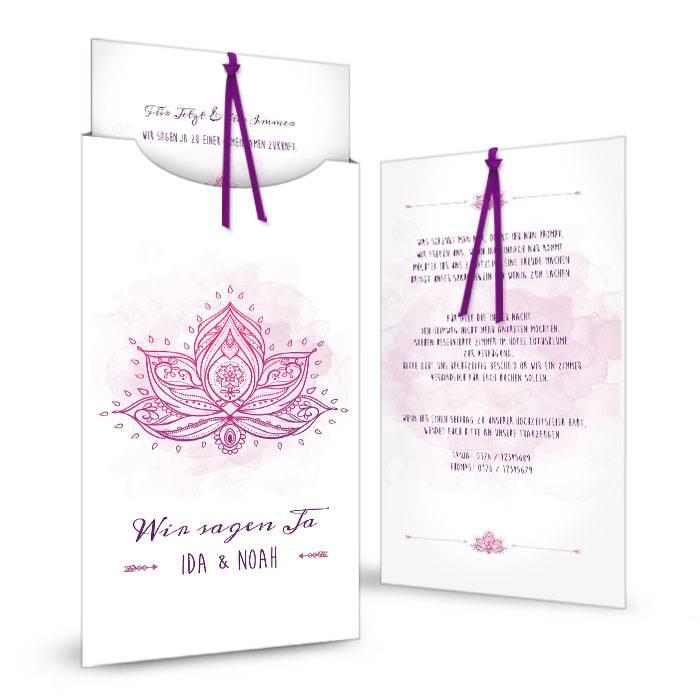 Hochzeitseinladung als Einsteckkarte mit Lotusblume in Lila