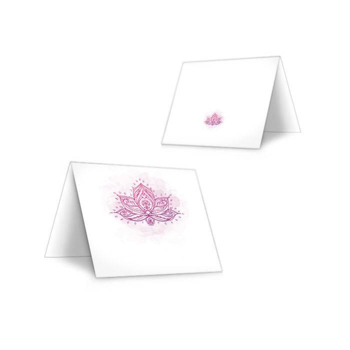 Indische Tischkarte zur Hochzeit mit Lotusblume in Lila