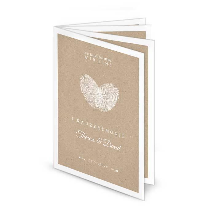 Hochzeitskirchenheft mit Fingerabdruck Herz im Kraftpapierstil