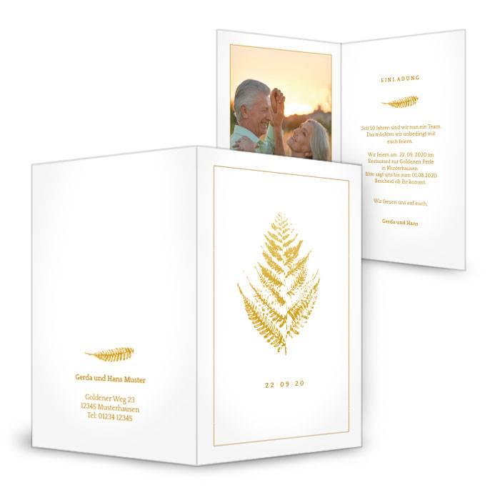 Einladung zur Goldenen Hochzeit mit Goldfarn und großem Foto