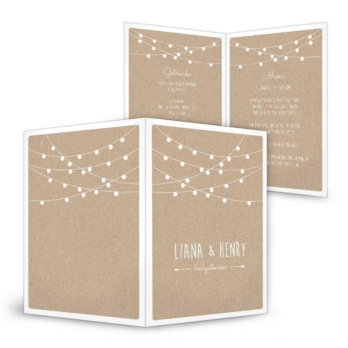 Menükarten zur Hochzeit im Kraftpapierstil mit Lichterkette