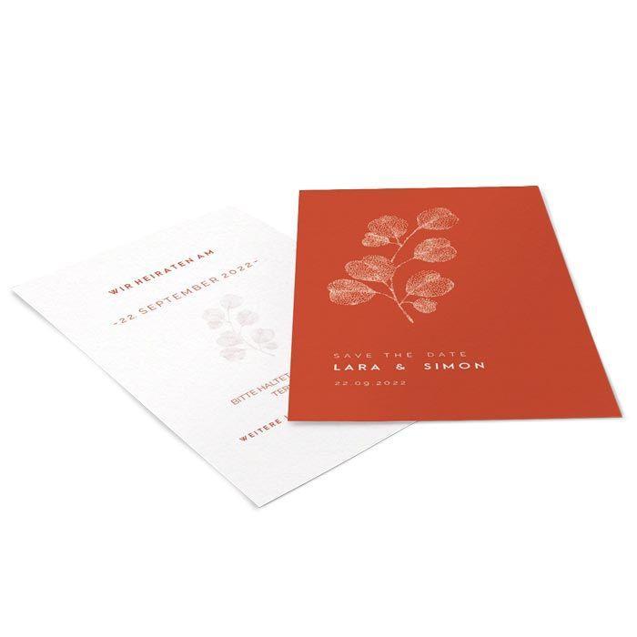 Minimalistische Save the Date Karte mit Blüte in Terrakotta