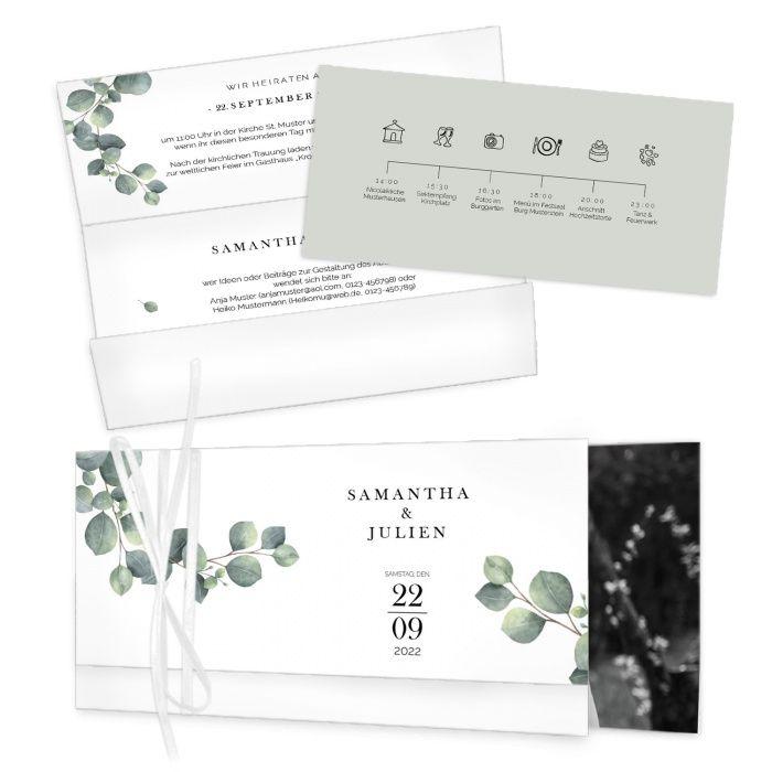 Moderne Hochzeitseinladung mit Eukalyptus als Wickelfalz mit Bändchen