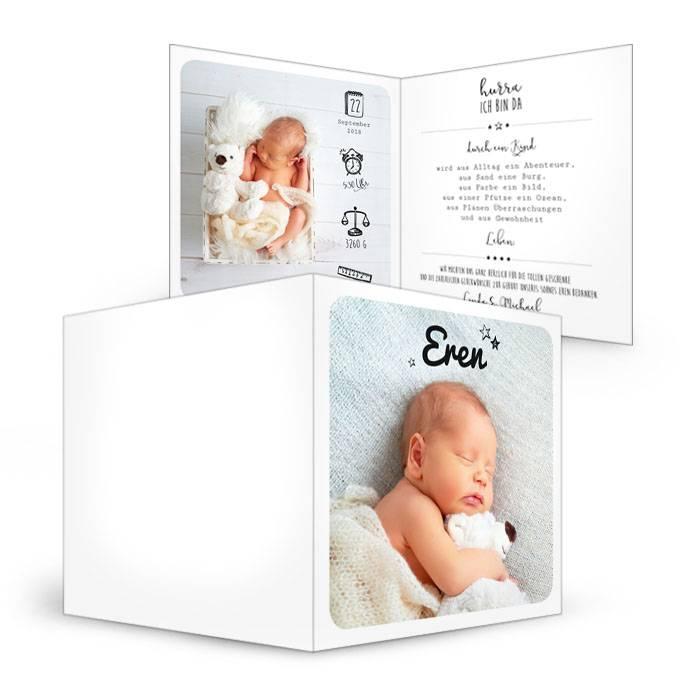 Moderne Klappkarte zur Geburt mit süßen Icons und großen Fotos