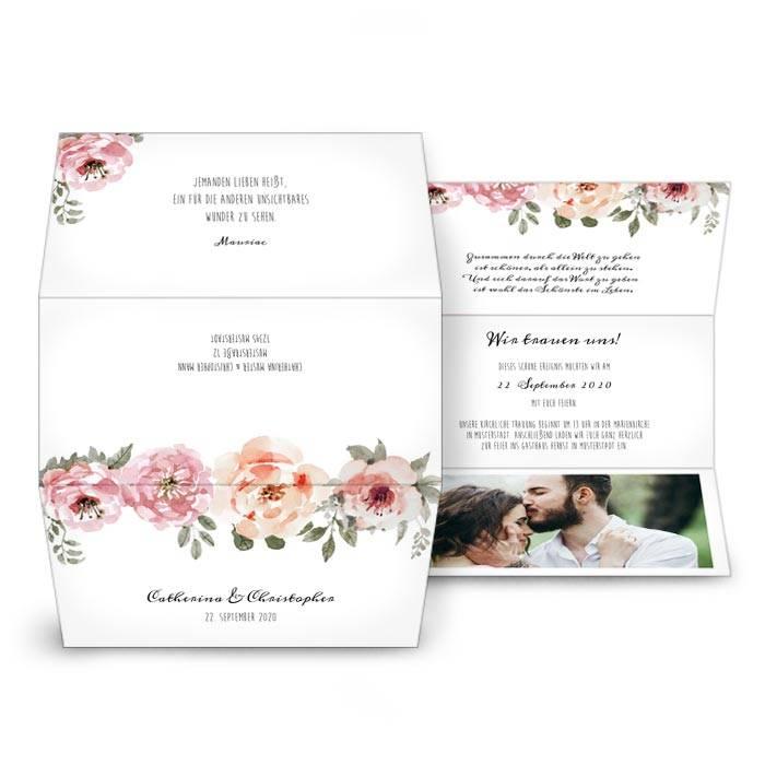 Romantische Hochzeitseinladung als Wickelfalz mit Aquarellblüten
