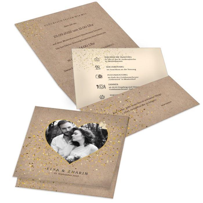 Romantische Hochzeitseinladung in Kraftpapieroptik mit Foto im Herz