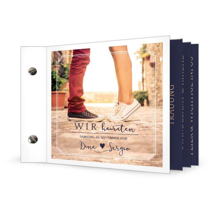 Schlichte Einladung zur Hochzeit mit großem Foto als Booklet