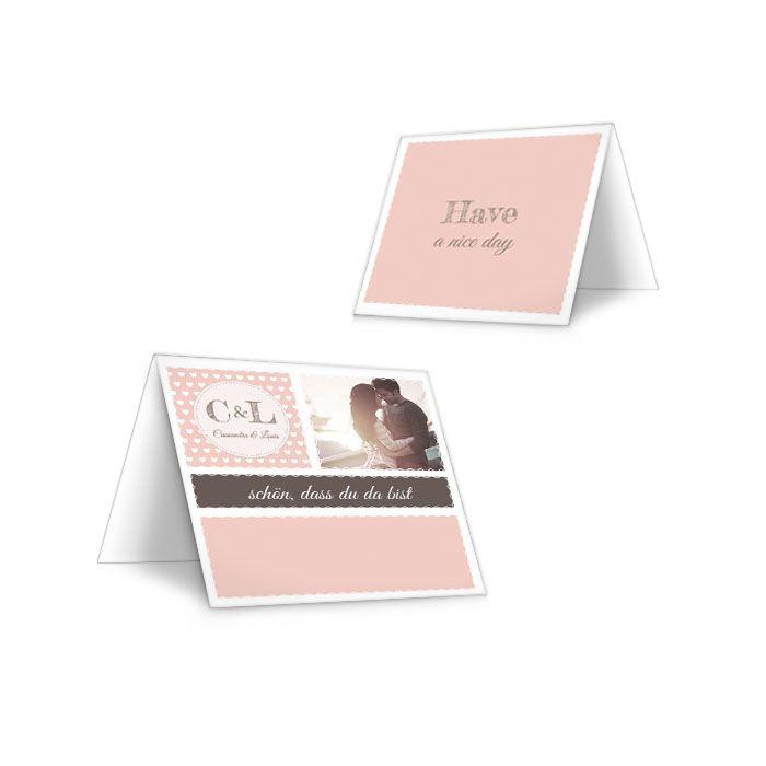 Tischkarten zur Hochzeit im Retro Stil in Apricot mit Herzen