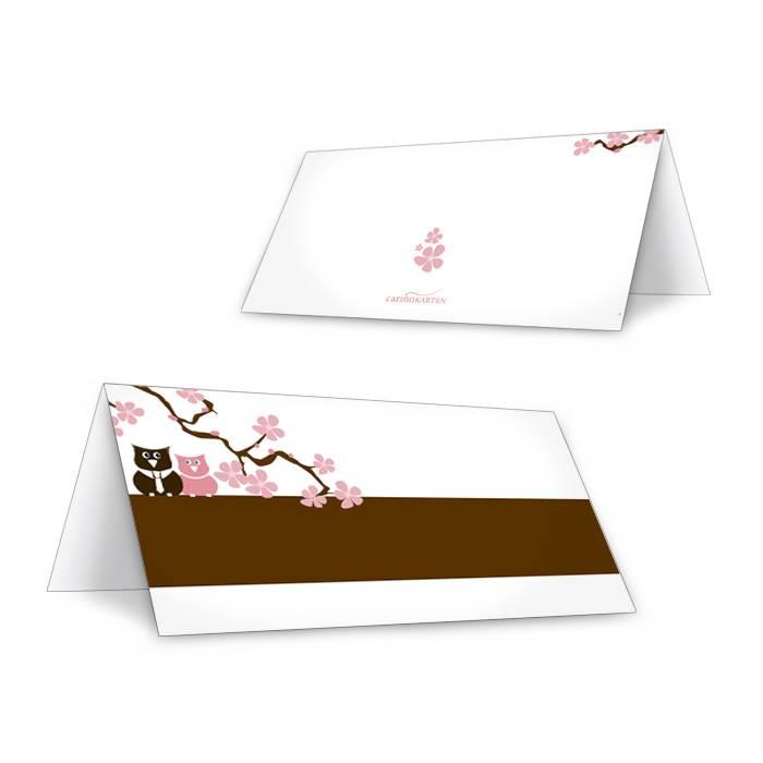 Tischkarte zur Hochzeit mit Kirschblütenzweig und Eulen