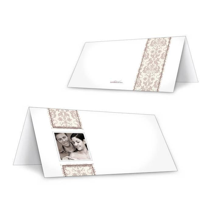 Elegante Tischkarte mit floralem Muster in Taupe und Foto