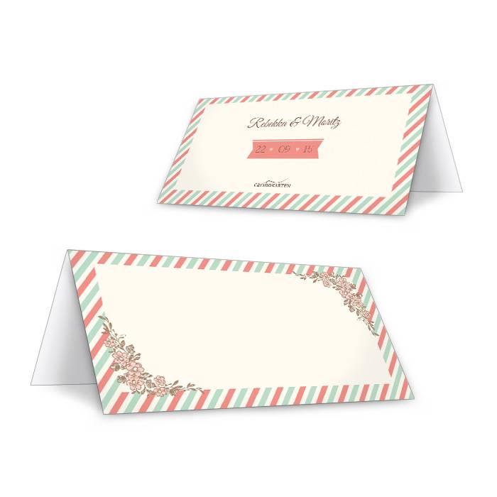 Tischkarten zur Hochzeit mit Streifen in Pastellfarben
