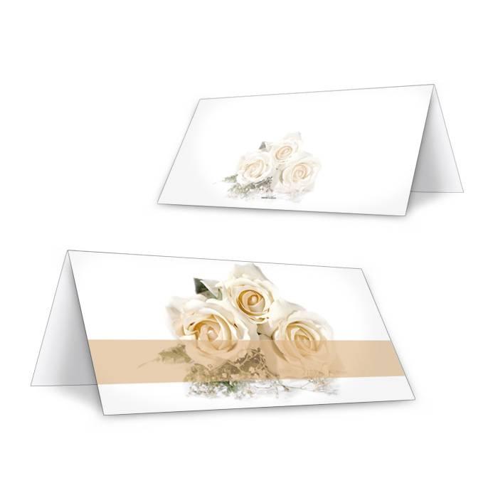 Klassische Tischkarte zur Hochzeit mit weißen Rosen