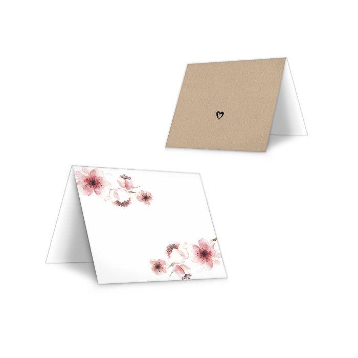 Tischkarte für die Hochzeitstafel mit Kirschblüten