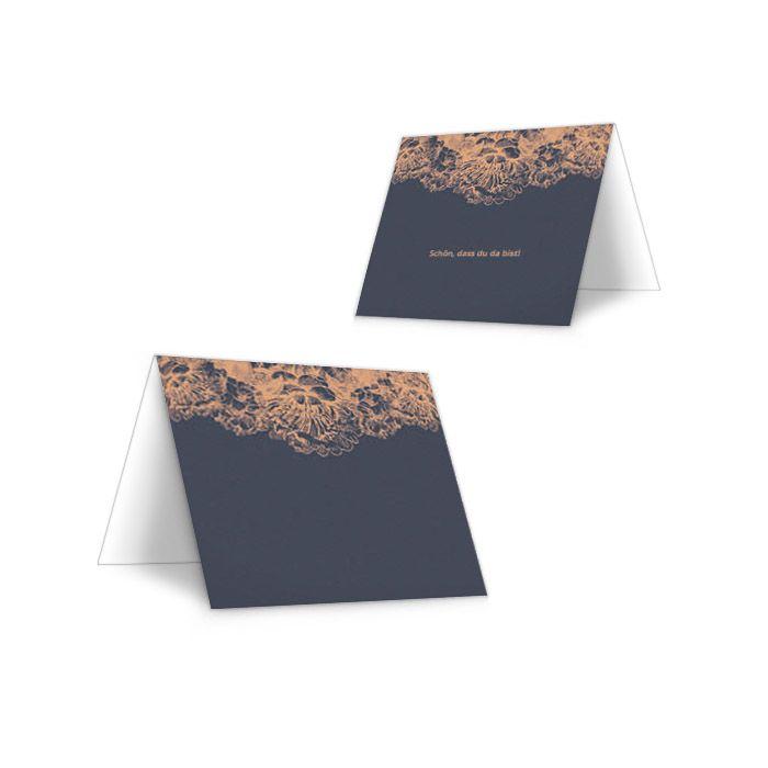 Elegante Tischkarte zur Hochzeit in Blau mit Blüten in Kupfer