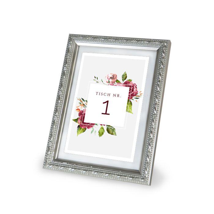 Tischkarte mit Tischnummern und herbstlichen Aquarellblumen