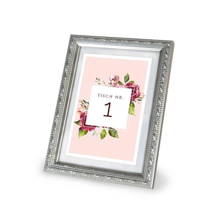 Tischkarte mit Tischnummern in Rosa und herbstlichen Aquarellblumen