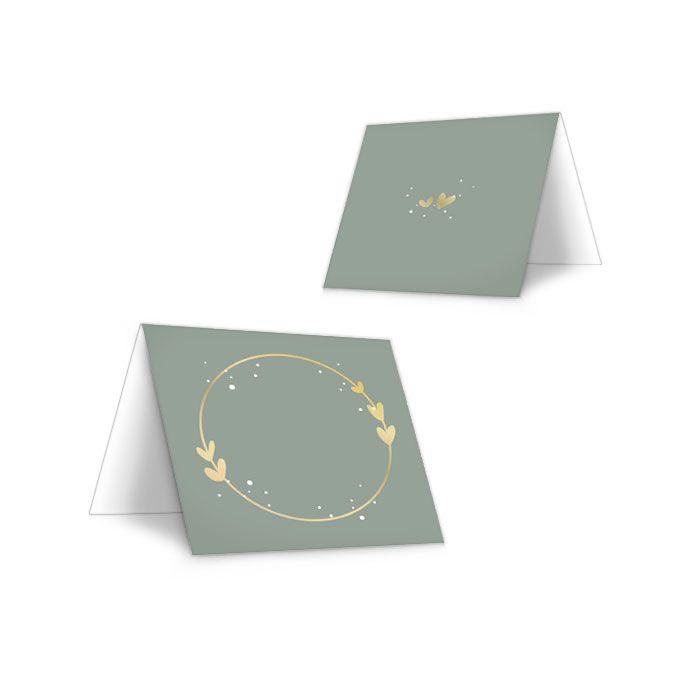 Tischkarten zur Hochzeit mit Emblem und Herzen in Pastellgrün