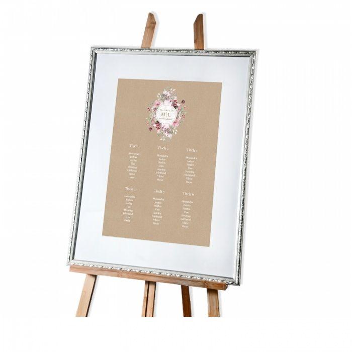 Tischplan in Kraftpapieroptik mit rosa Aquarellblumen
