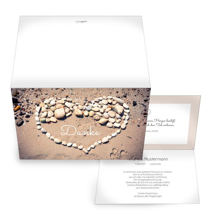Stilvolle Trauerkarte mit Steinherz auf Sand selbst gestalten