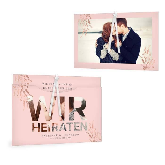Florale Hochzeitseinladung in Rosa mit Foto Schriftzug als Einsteckkarte - carinokarten